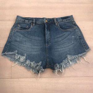 Blank NYC highwaist jean shorts
